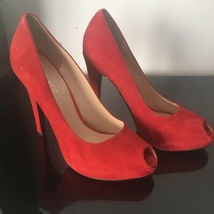 Nine West red peep toe shoes